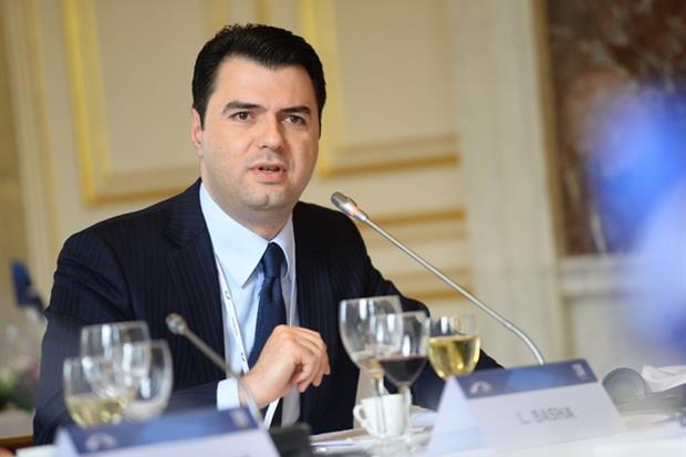 Lo sfidante: il capo dell'opposizione dei democratici Lulzim Basha