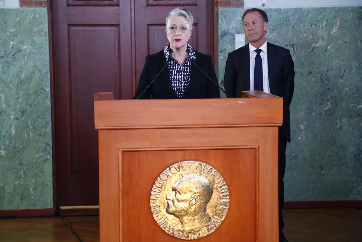 L'annuncio della presidente del Comitato del Nobel norvegese, Berit Reiss-Andersen (Ansa)