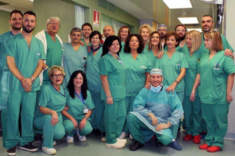 L'équipe medica che ha portato a termine l'intervento all'ospedale Bambino Gesù di Roma