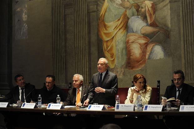La presentazione del libro di Paul Bhatti a Roma (Siciliani)