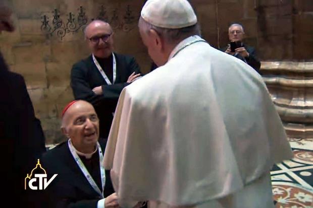 L'ultima apparizione pubblica di Tettamanzi in Duomo durante la visita di papa Francesco il 25 marzo scorso