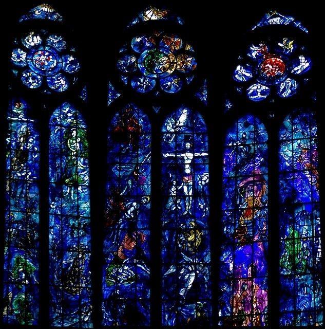 Le vetrate di Marc Chagall nella cattedrale gotica di Reims