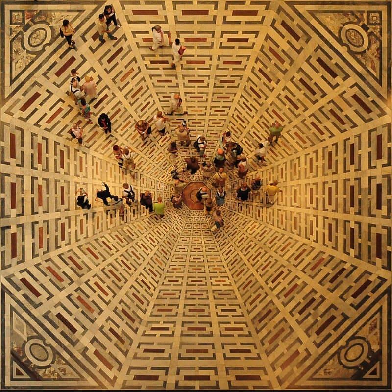 Il pavimento della crociera di Santa Maria del Fiore, a Firenze