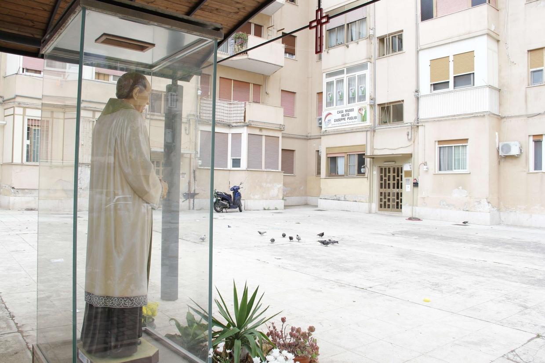 La casa-museo di padre Pino Puglisi a Brancaccio che sarà visitata dal Papa