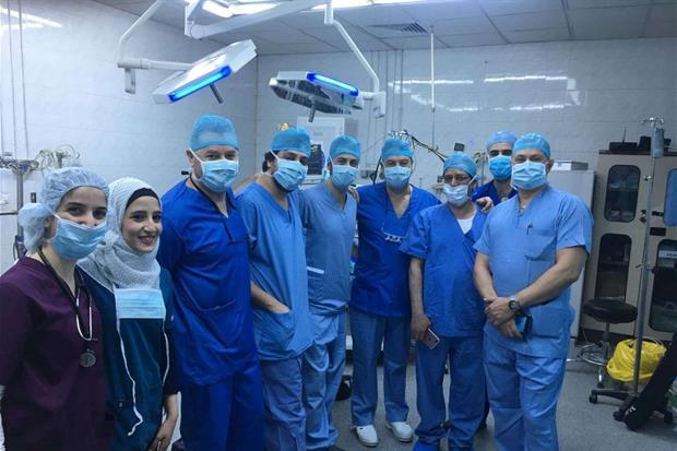 L'equipe che ad Amman ha operato la piccola Eman