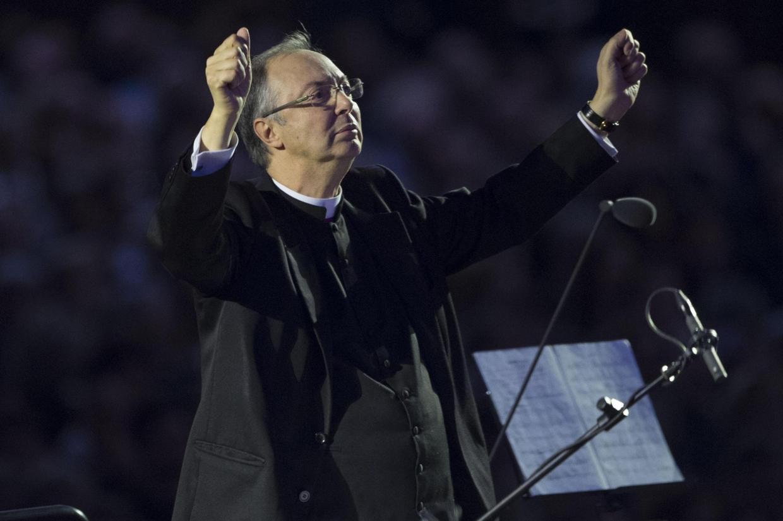 Monsignor Marco Frisina, compositore di musica sacra e direttore del Coro della diocesi di Roma