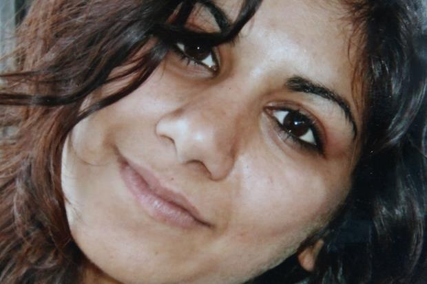 11 agosto 2006: Hina Saleem, ventenne pakistana, viene uccisa a Sarezzo (Brescia) dal padre Mohammed, che poi la seppellisce con la testa rivolta alla Mecca. L'omicida sarà condannato a 30 anni di reclusione; nelle motivazioni della sentenza Hina viene riconosciuta vittima di un ''possesso-dominio'' da parte del padre che non accettava il suo stile di vita all'occidentale.