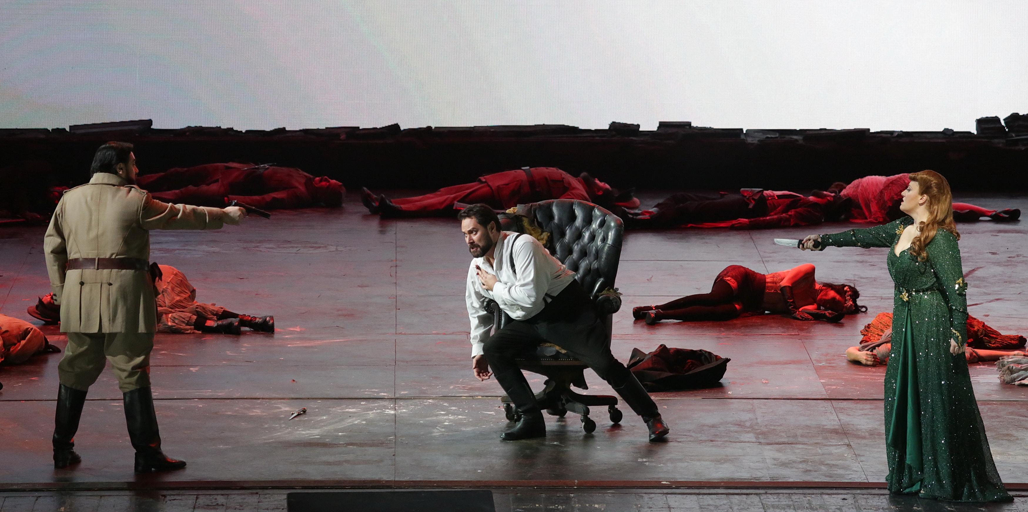 Una scena di 'Attila' di Giuseppe Verdi che ha aperto la stagione del Teatro alla Scala (Brescia'Amisano - Teatro alla Scala)