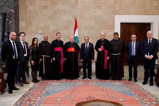 L'incontro del cardinale Bassetti con il presidente della Repubblica libanese, Michel Aoun (foto presidenza della Repubblica)