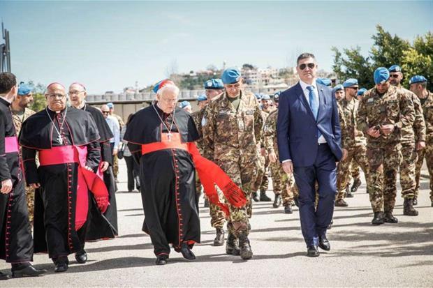 La visita del cardinale Bassetti al contingente italiano della missione Unifil nel Sud del Libano (foto ministero della difesa)