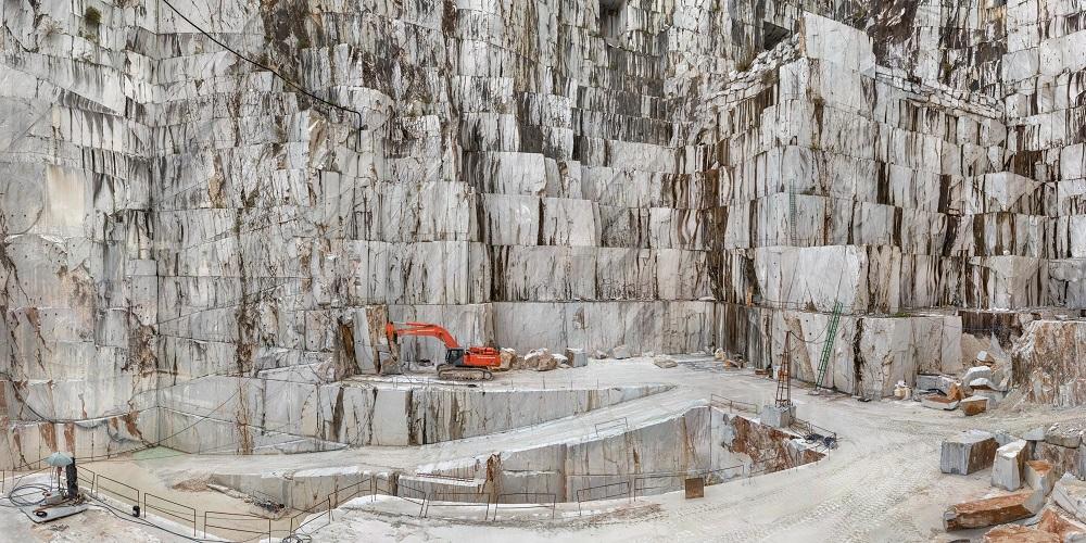 Carrara Marble Quarries, Cava di Canalgrande #2, Carrara, Italy, 2016 ' © Edward Burtynsky, courtesy Admira Photography, Milan - Nicholas Metivier Gallery, Toronto