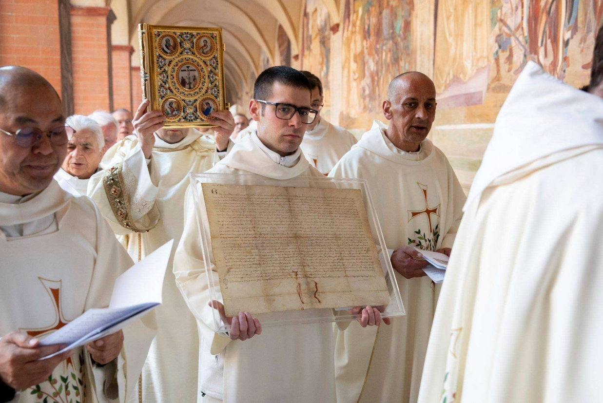 La Charta fundationis dell'abbazia di Monte Oliveto datata 26 marzo 1319