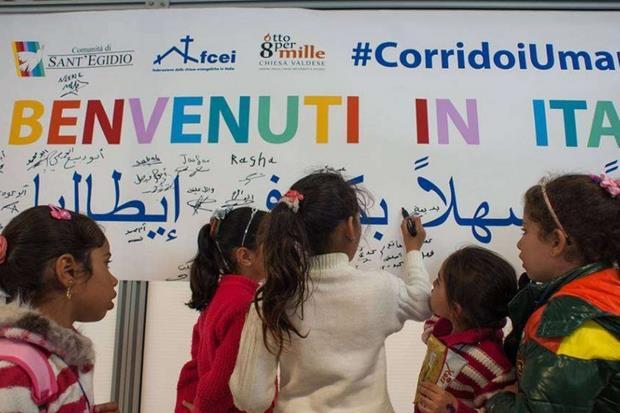 Bambini siriani sbarcati a Fiumicino grazie ai Corridoi umanitari di S.Egidio, Fcei, Valdesi