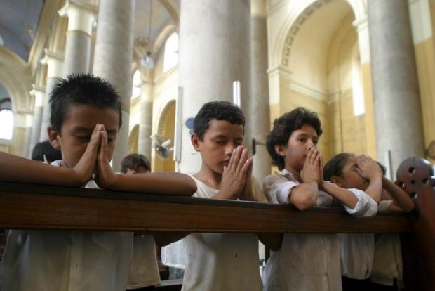 Bambini in preghiera
