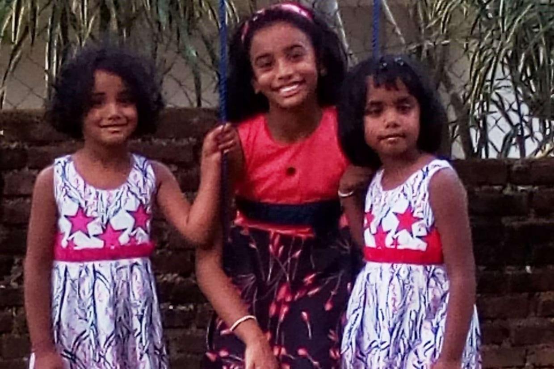 Le tre sorelline, quasi 4 e quasi 8 anni.