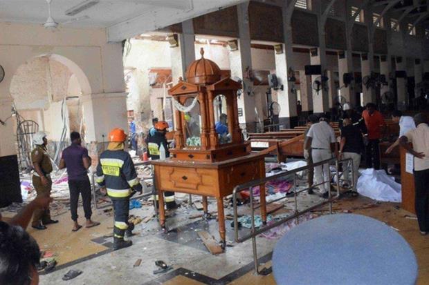 Sri Lanka. Un'altra immagine della chiesa devastata da un attentato nel giorno di Pasqua