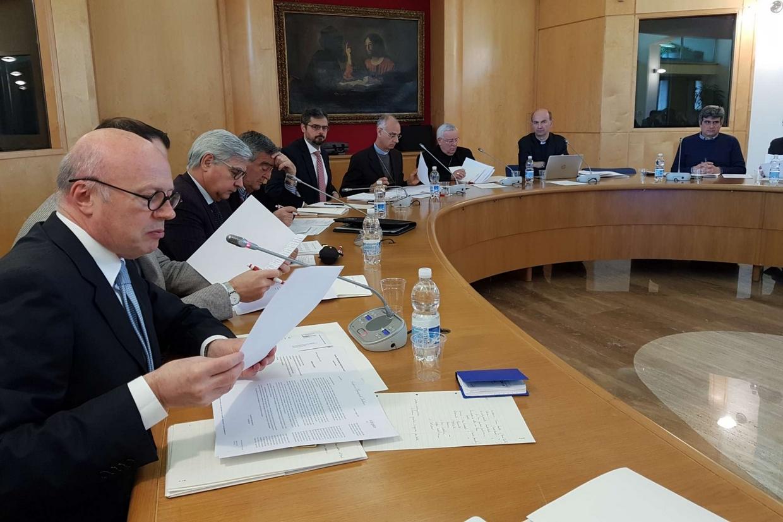 Il comitato Cei che sta organizzando l'incontro per la pace nel Mediterraneo a cui parteciperà il Papa