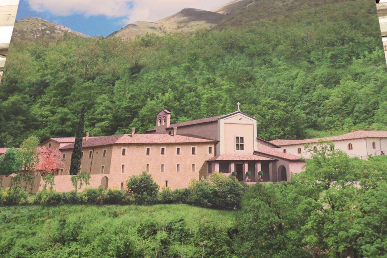 Il progetto del nuovo monastero di San Benedetto a Norcia in Umbria (foto Ansa)