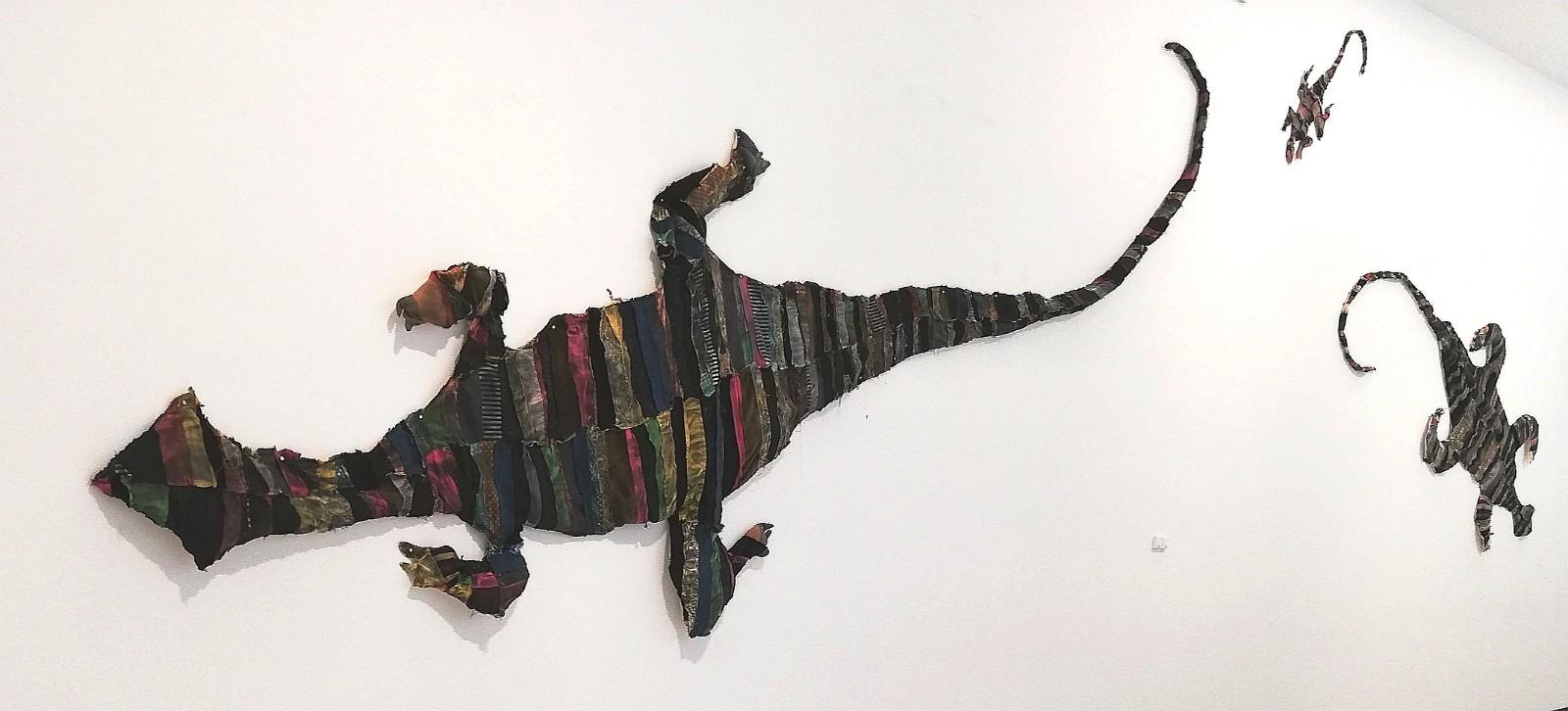 Maria Lai, «La disfatta dei varani» (1983, filo e stoffa)