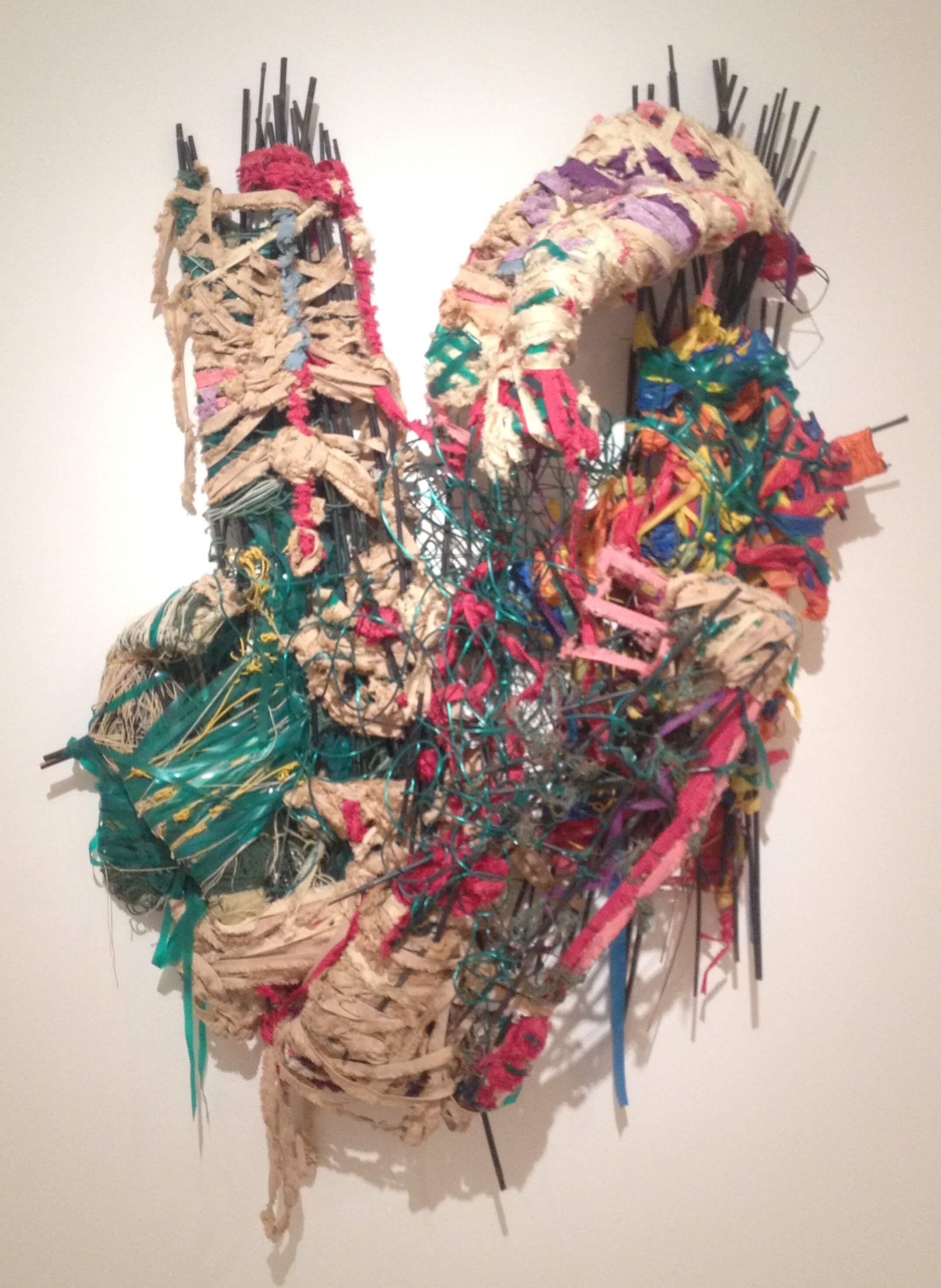 Una scultura di Judith Scott