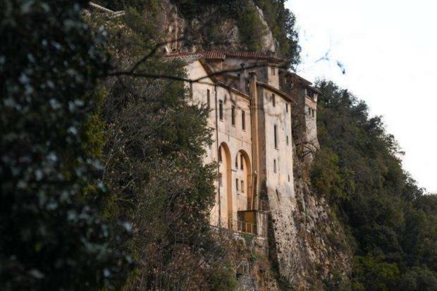 Il Santuario di Greccio, in provincia di Rieti (Ansa)
