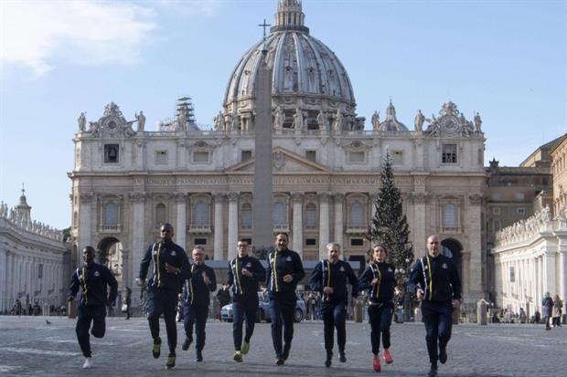 Gli atleti di Athletica Vaticana (Ansa)