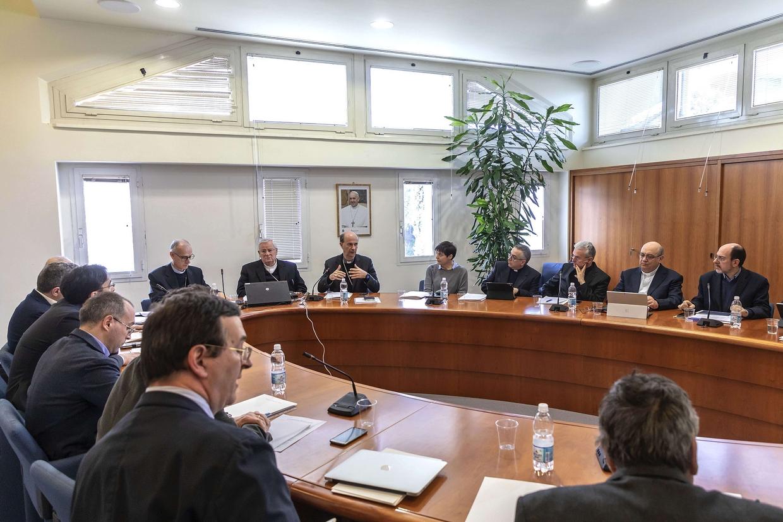 L'incontro del comitato organizzatore dell'Incontro Cei 'Mediterraneo, frontiera di pace' (Siciliani)