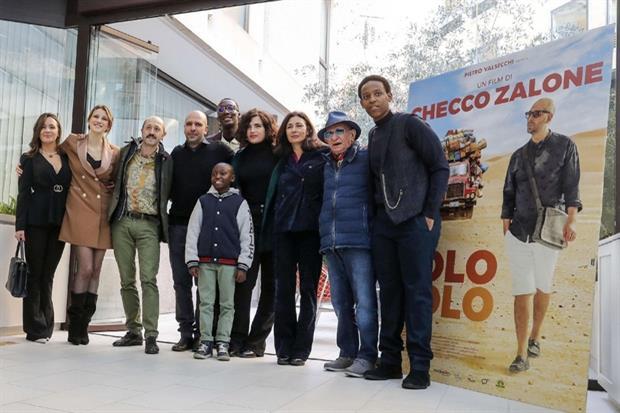 Il cast di 'Tolo Tolo'