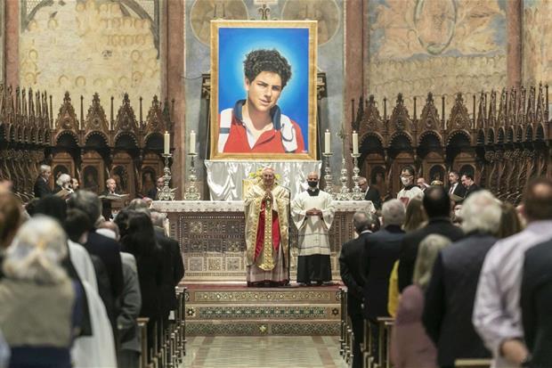 La Messa per la beatificazione di Carlo Acutis