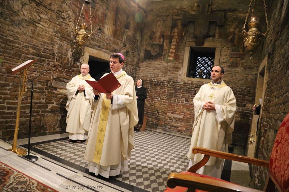 La Messa di affidamento alla Madonna di Loreto