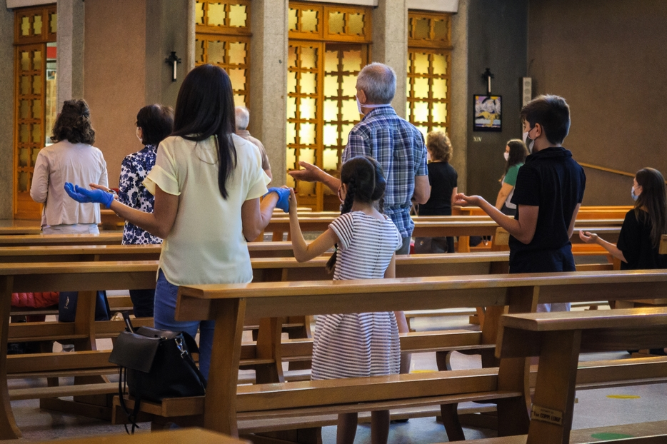 Una Messa seguendo le misure anti-Covid