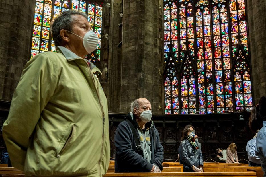 La prima Messa 'ritrovata' nel Duomo di Milano alle 8 del mattino