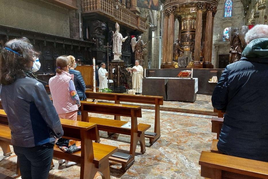 La prima Messa 'ritrovata' nel Duomo di Milano presieduta da monsignor Borgonovo