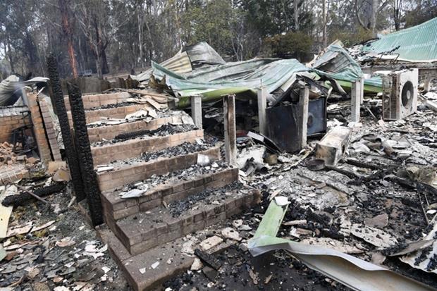 La devastazione a  Sarsfield, East Gippsland (Victoria)