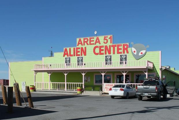 Area 51 ovvero come ti invento gli ufo