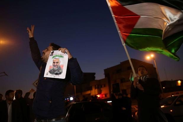 Festeggiamenti a Teheran dopo la notizia dell'attacco della notte scorsa