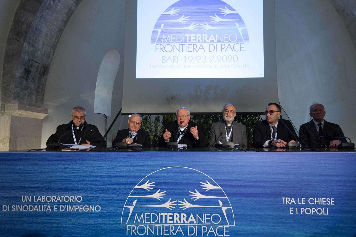 La conferenza stampa conclusiva dell'Incontro Cei sul Mediterraneo