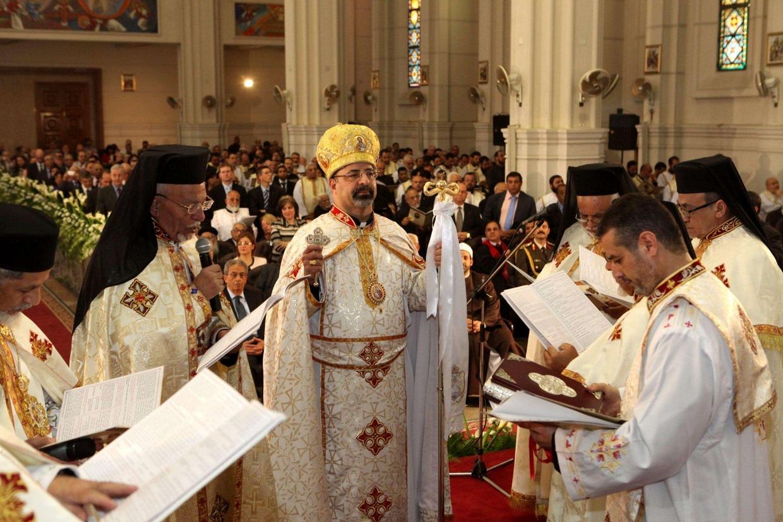 Il patriarca copto cattolico Ibrahim Isaac Sidrak durante una celebrazione