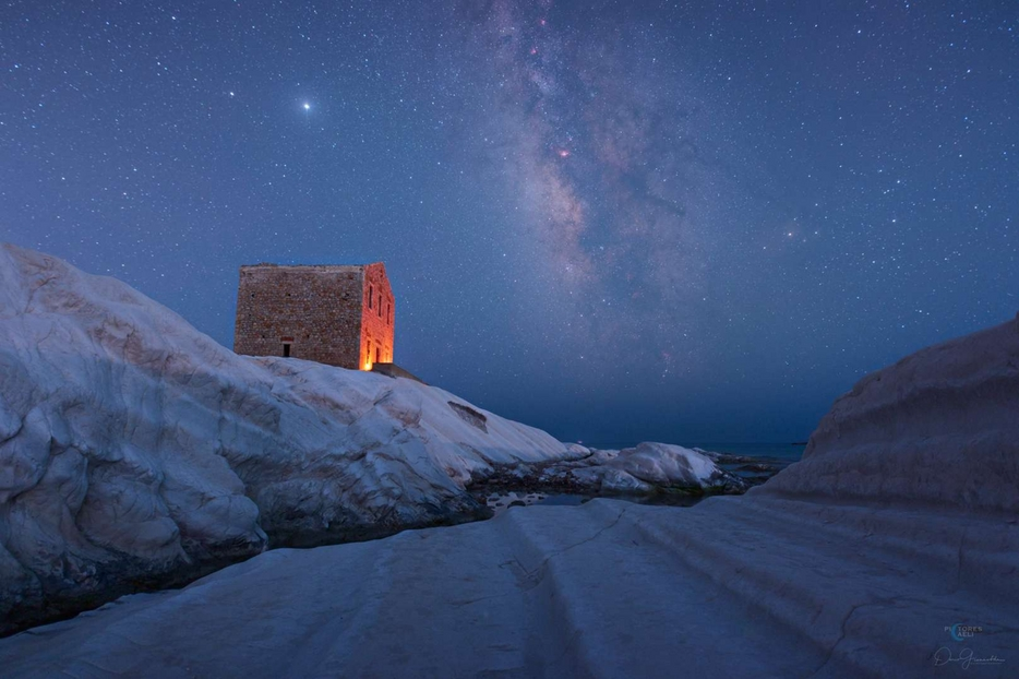 Milky Way a Punta Bianca in Sicilia