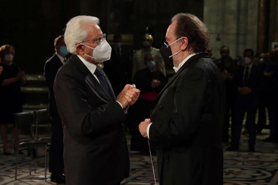 Il presidente Sergio Mattarella con il direttore musicale Riccardo Chailly