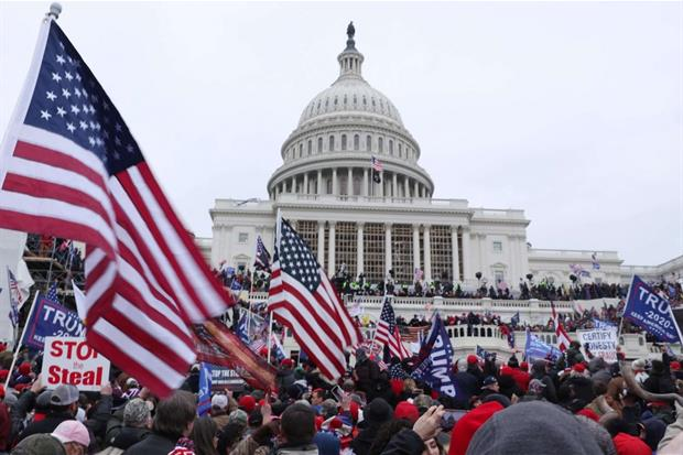 In massa davanti al Campidoglio