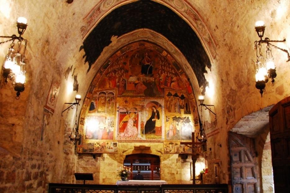 L'interno della chiesetta della Porziuncola