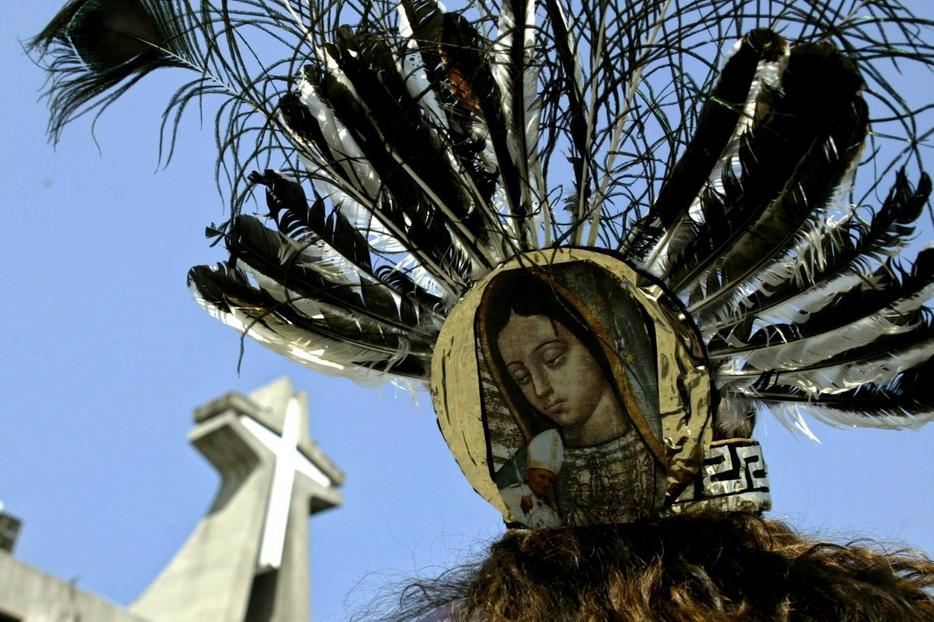 L'immagine della Vergine con il santuario sullo sfondo