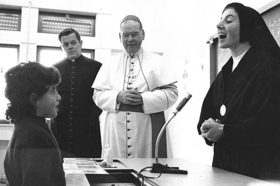 I primi alunni all'apertura dell'istituto Effetà a Betlemme 50 anni fa
