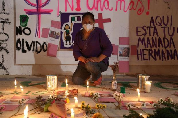 Manifestaciones de solidaridad contra Victoria Esperanza Salazar en Cancún, México