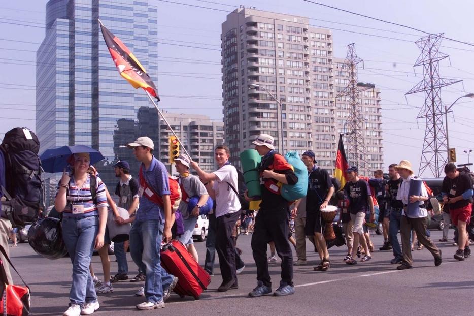 Giovani alla Gmg di Toronto nel 2002