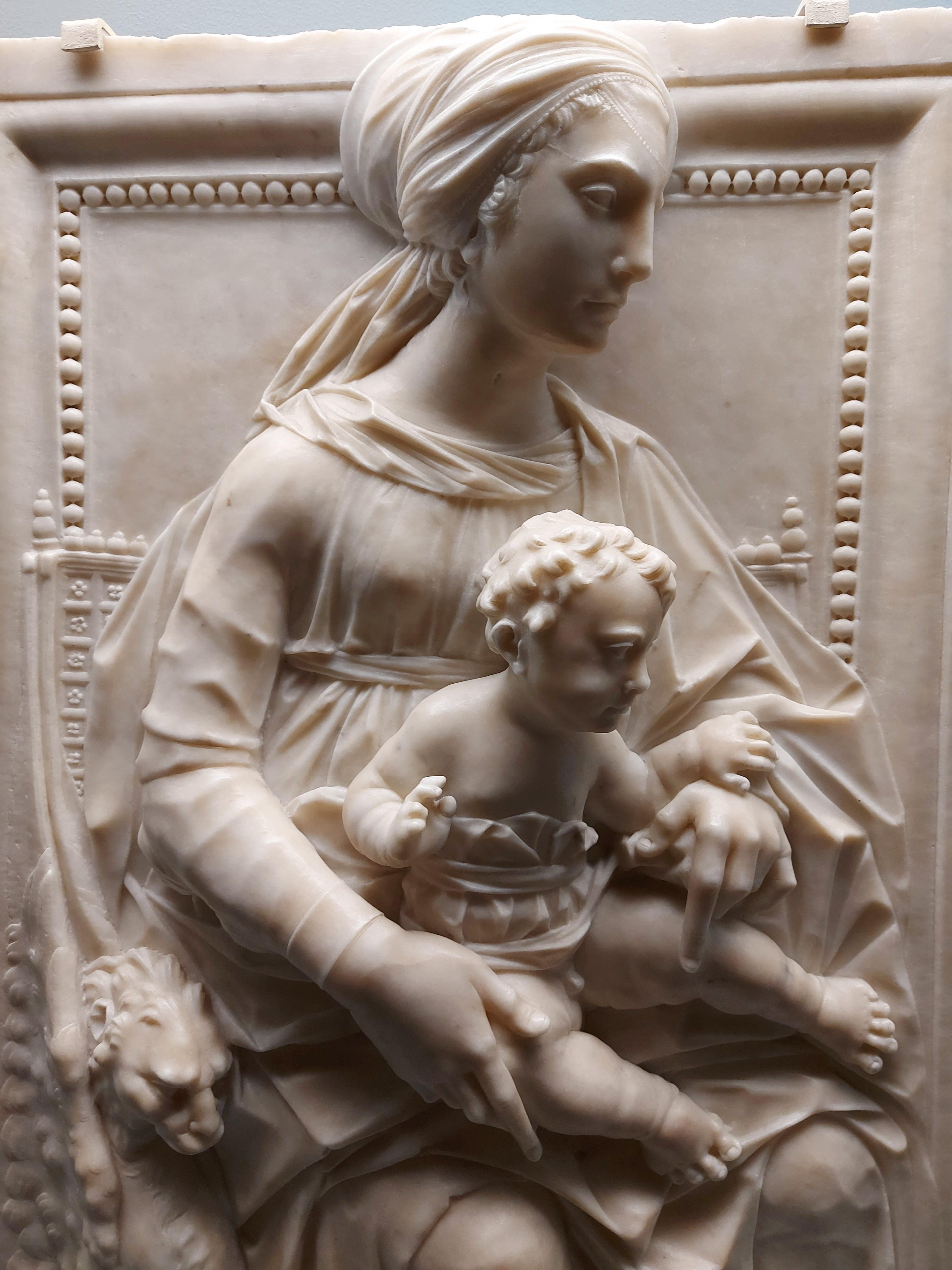 Giovanni Dalmata, «Madonna con il Bambino» (1480-1490 c.