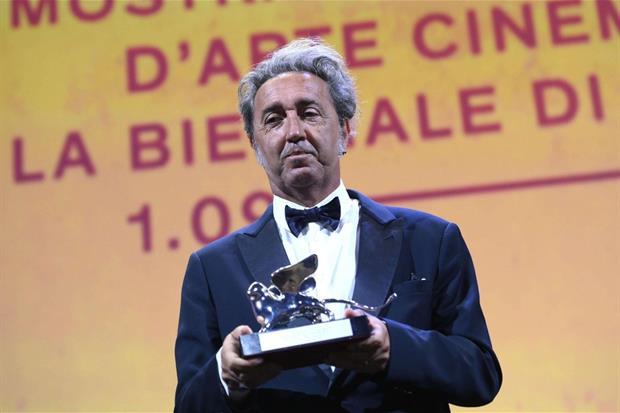 Paolo Sorrentino con il Leone d'Argento