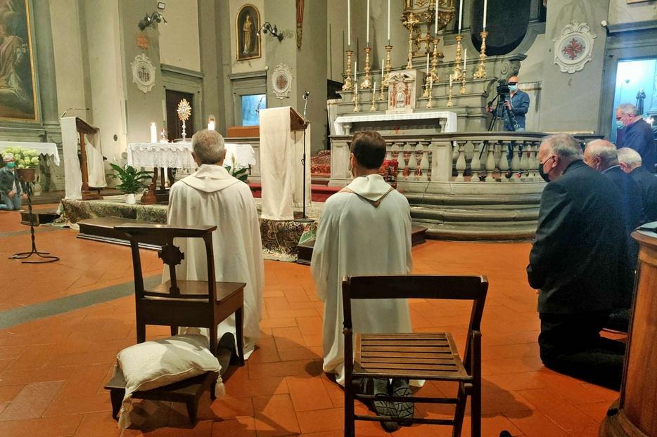 La veglia di preghiera di riparazione a Prato
