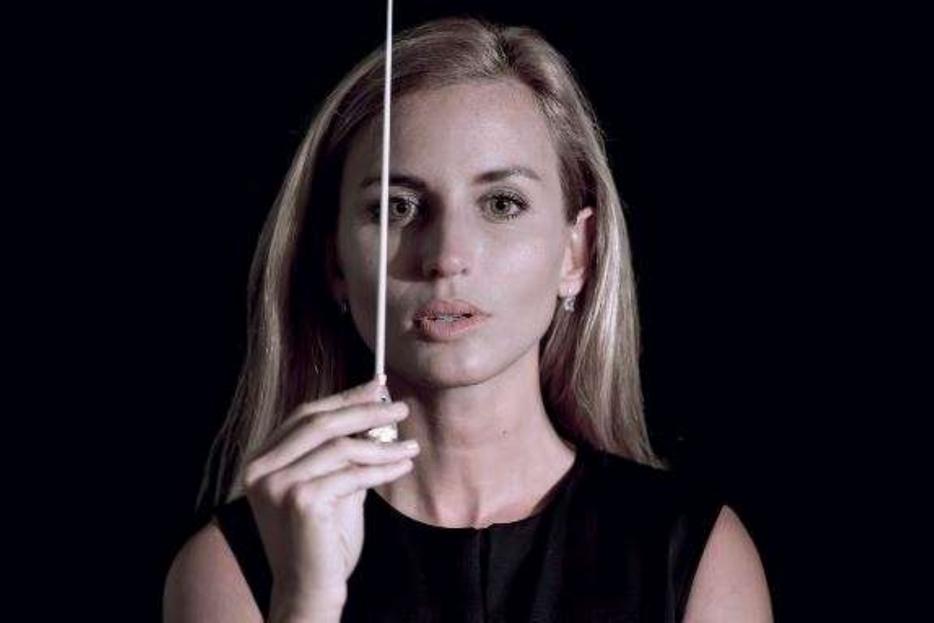 Il direttore d'orchestra Beatrice Venezi tra i protagonisti femminili del Festival Mascagni